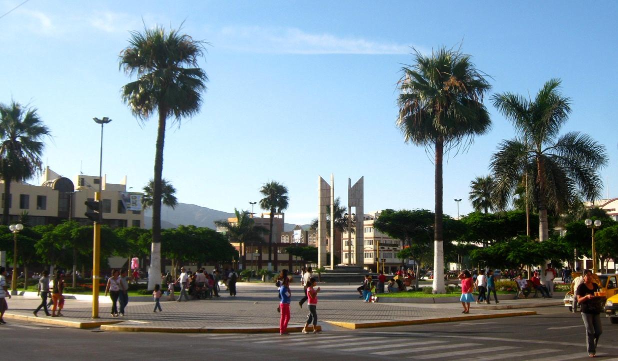 011-plaza-de-armas-c-fontana02